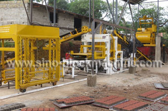 QT4-15 concrete block machine